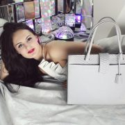 saribags – Businessbag Carla Avantgarde mit Model