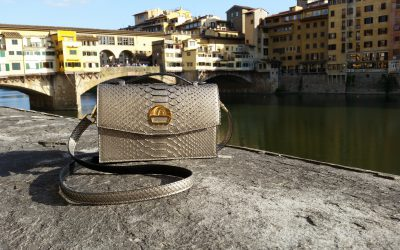 saribags - Alice Oro mit der Ponte Vecchio im Hintergrund