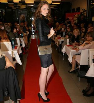 Model beim Fashion Dinner @ saribags show
